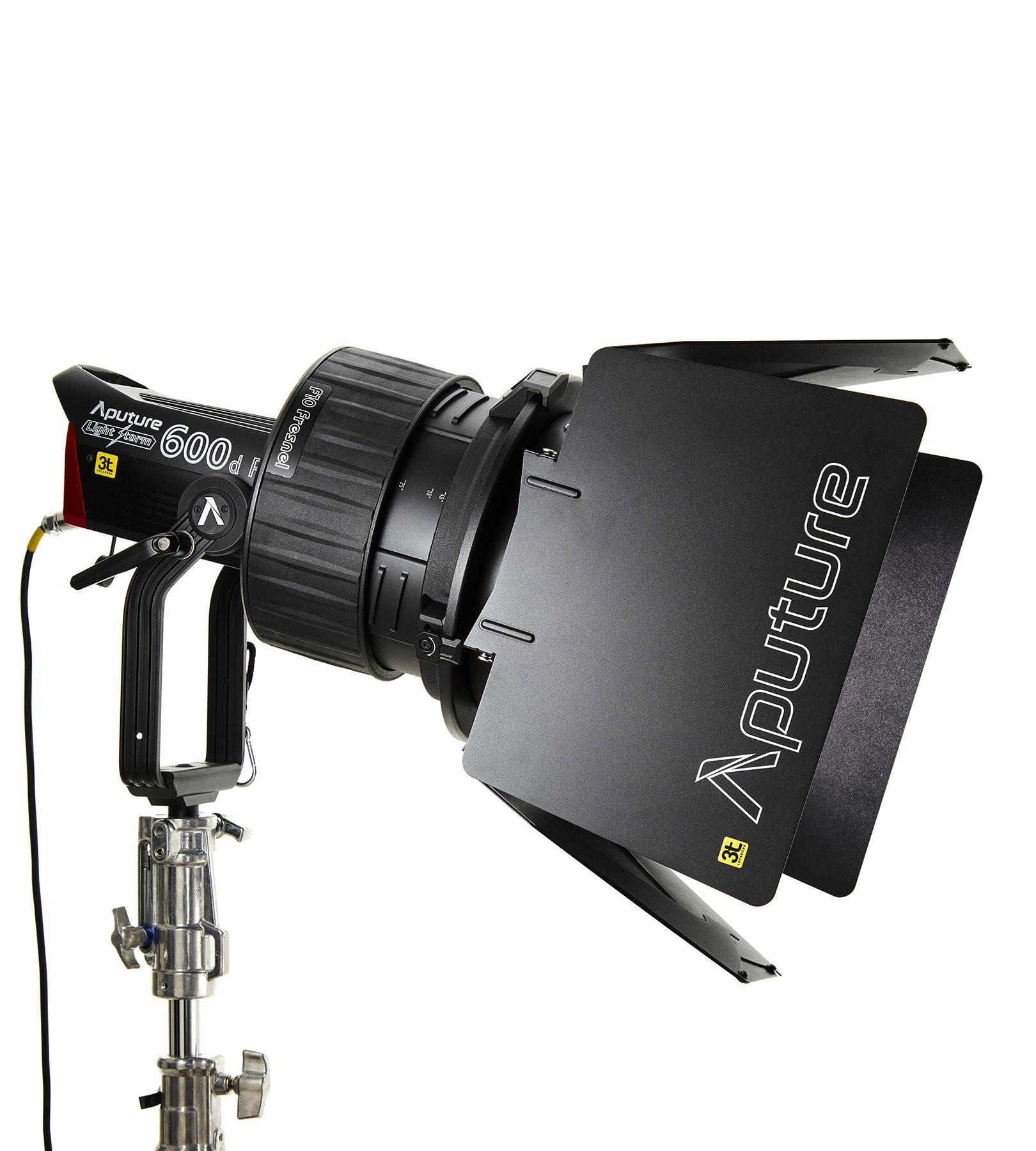 Aputure F10 Fresnel para 600D pro